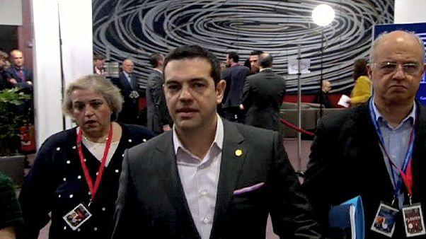 Σύνοδος Κορυφής: Τολμηρές πολιτικές πρωτοβουλίες ζητά ο Αλέξης Τσίπρας- «Μην περιμένετε λύση σήμερα» λέει η Μέρκελ