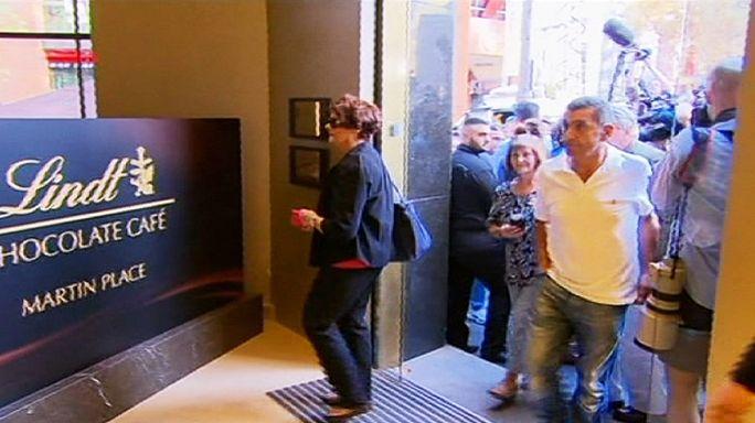 Sidney : trois mois après la prise d'otages, le Lindt Café rouvre ses portes