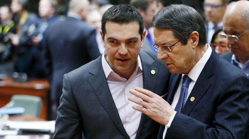 A court d'argent, la Grèce s'engage à accélérer les réformes