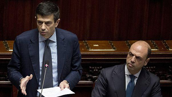 Újabb olasz miniszter a korrupció áldozata