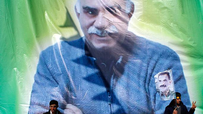 Öcalan: a kurdoknak békét kell kötniük Ankarával