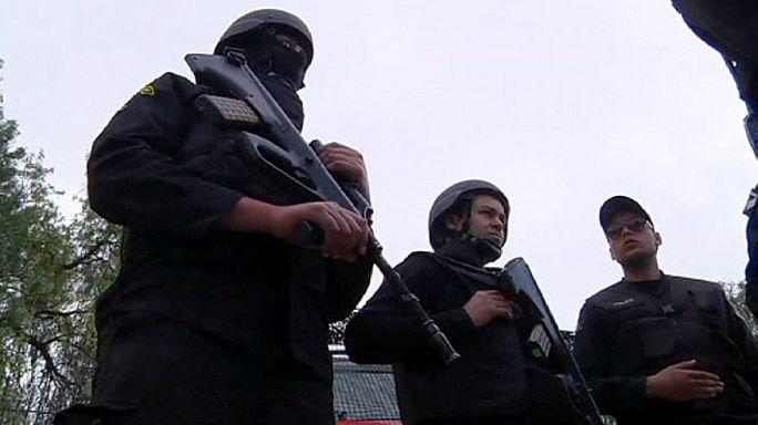 Тунис: аресты подозреваемых в причастности к теракту в музее продолжаются