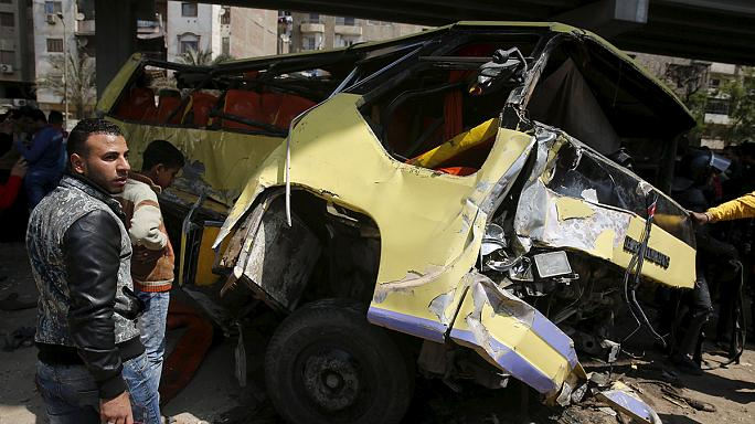 Egypt: 15 people killed in deadly bus crash