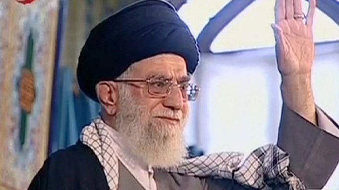 Az ajatollah dühödt, az elnök bizakodó nyilatkozatot tett az iráni atomtárgyalásokról