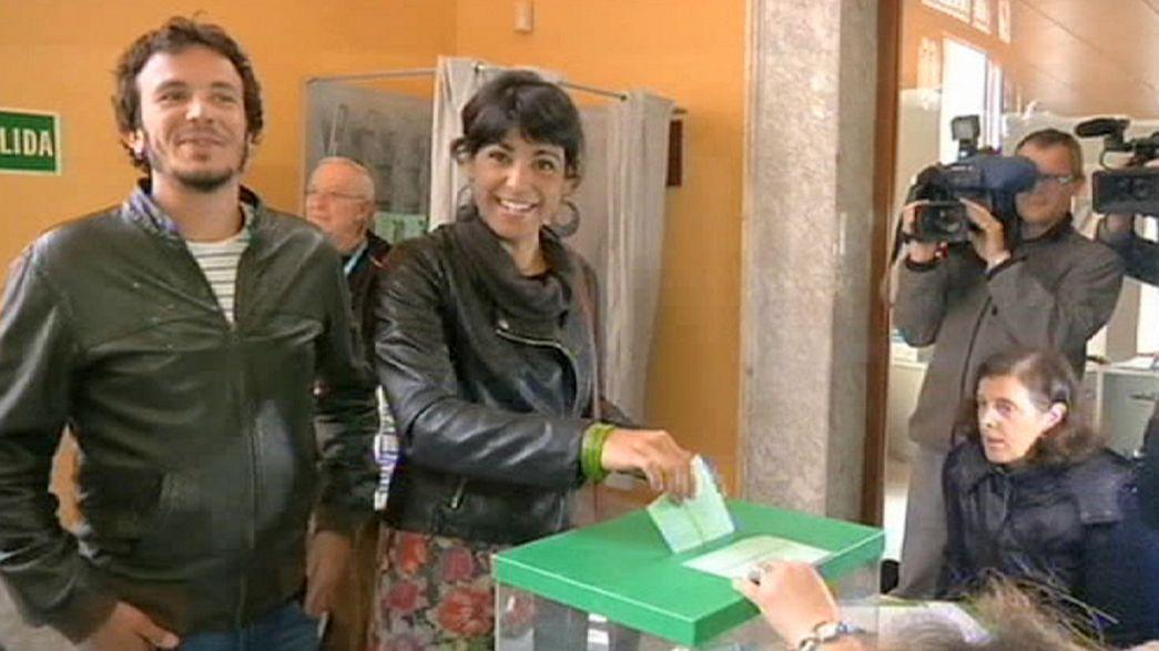 """Test für Protestpartei """"Podemos"""": Spanien verfolgt mit Spannung Parlamentswahl in Andalusien"""