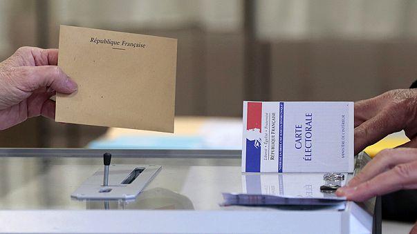 A mérsékelt jobboldali pártok nyerték a francia helyhatósági választások első fordulóját
