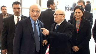 إقالة مسؤولين أمنيين في تونس