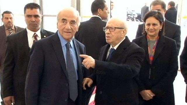 Тунис: высокие полицейские чины отправлены в отставку