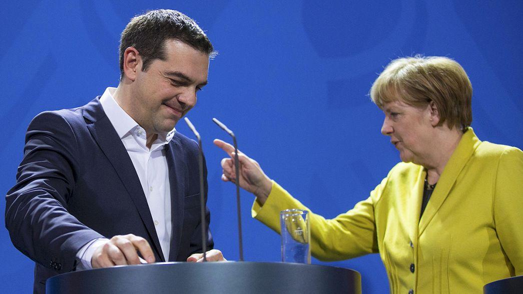 Tsipras et Merkel jouent la carte de l'apaisement à Berlin