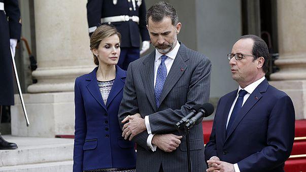 Merkel, Hollande und Felipe zeigen sich nach Germanwings-Absturz erschüttert