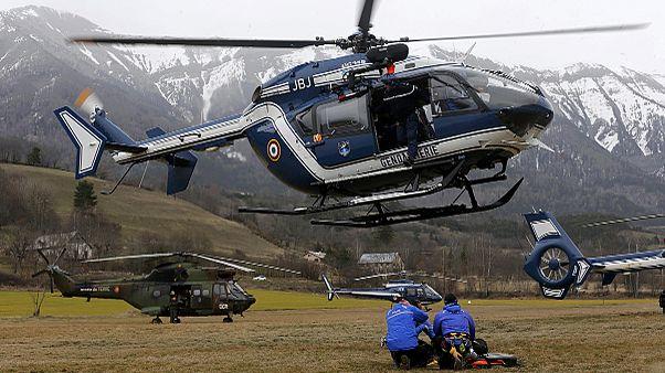 تواصل عمليات البحث في موقع تحطم طائرة الركاب الالمانية