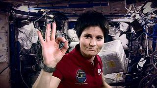 Astronot Samantha Cristoforetti çalışmalarını anlatıyor