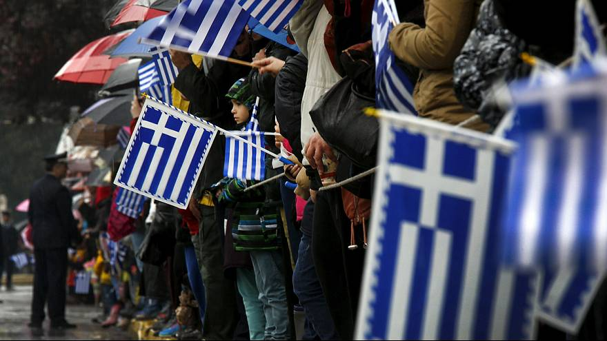 اليونان يرفع شعار الوحدة والوطنية في ذكرى عيده الوطني