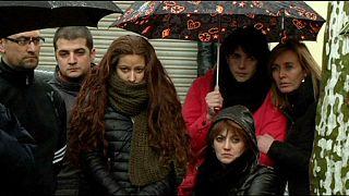 La Spagna piange le vittime del disastro aereo