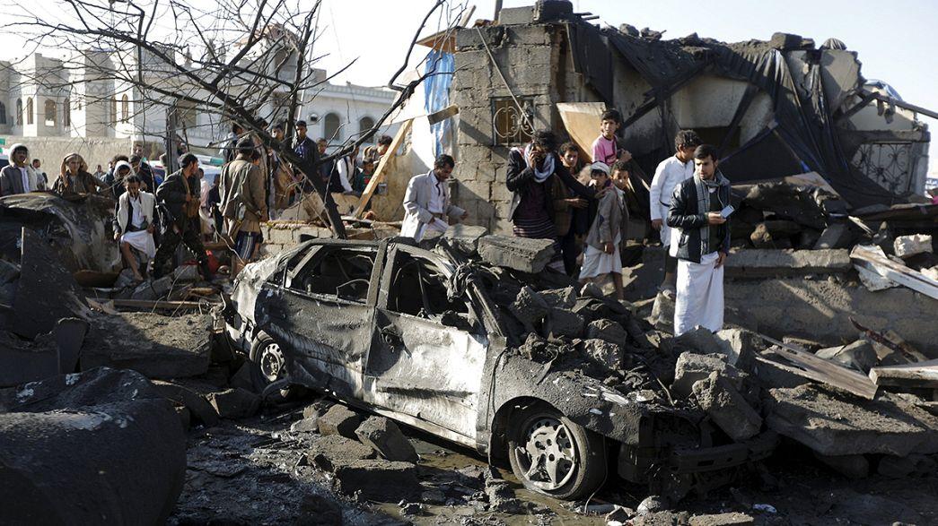 Iémen: Aviões de coligação liderada pela Arábia Saudita bombardeiam alvos hutis