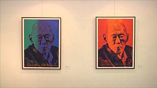 Serigrafista libanesa expõe retratos de Lee Kuan Yew em Singapura