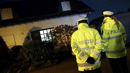 Prosecutors believe co-pilot deliberately flew Germanwings jet into mountain
