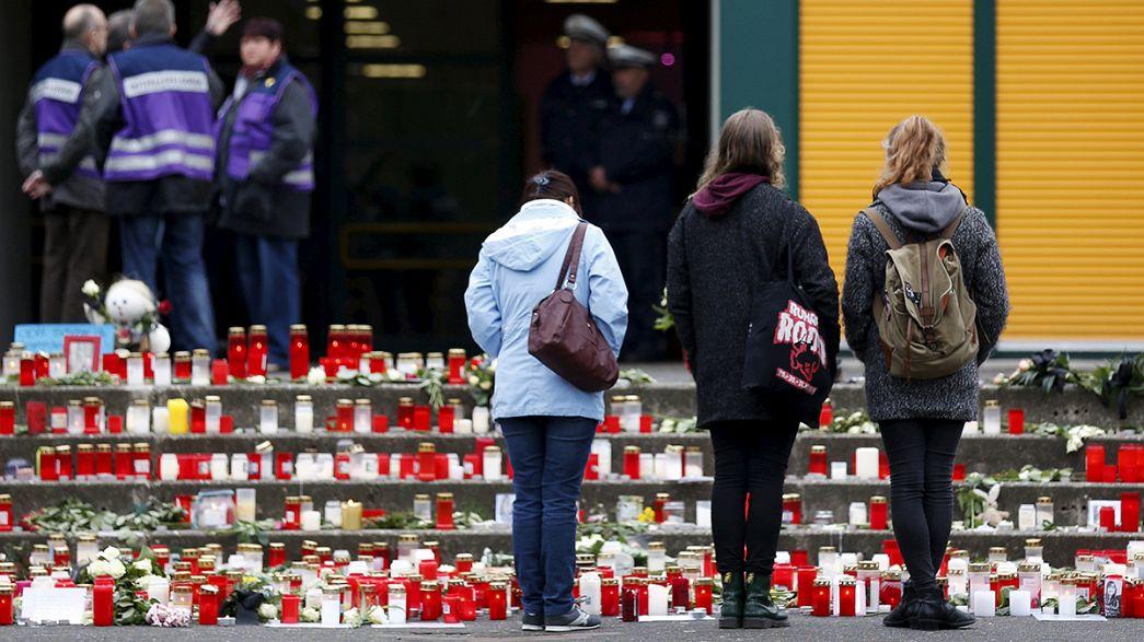 Haltern observes minute's silence for school victims of Germanwings crash