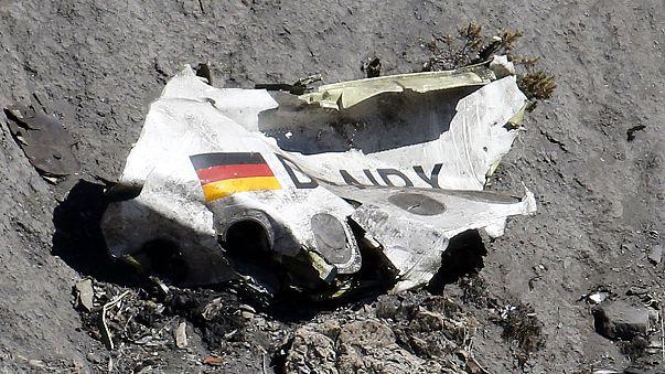 Germanwings, la scomoda verità: il disastro aereo causato volontariamente dal co-pilota