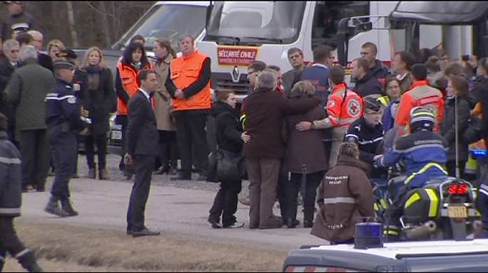 Germanwings crash: families of victims join together near crash site