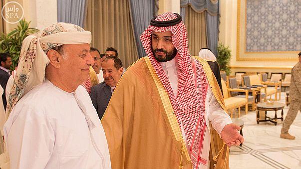 Reaparece el presidente de Yemen mientras aviones saudíes reanudan sus ataques