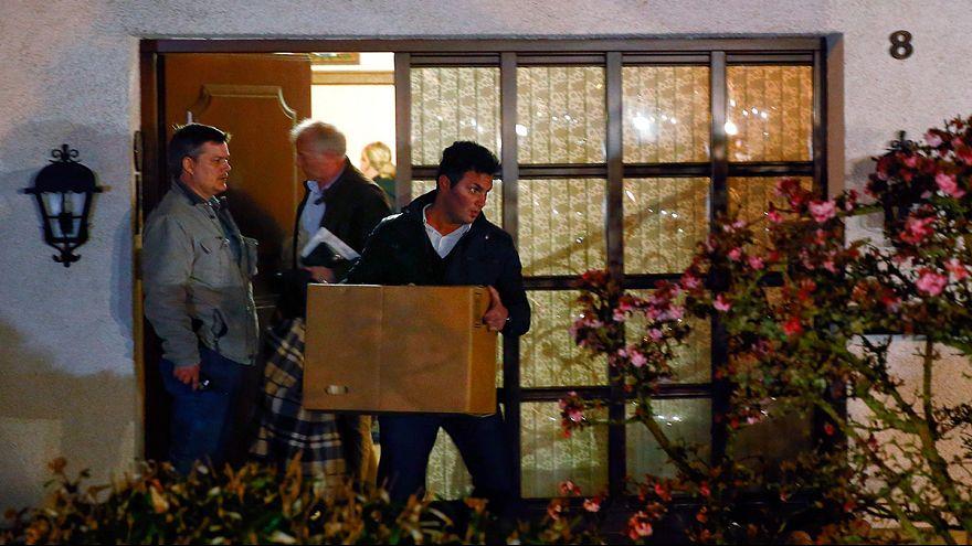 """Немецкая полиция не знает, что именно искать в доме второго пилота разбившегося """"Аэробуса"""""""