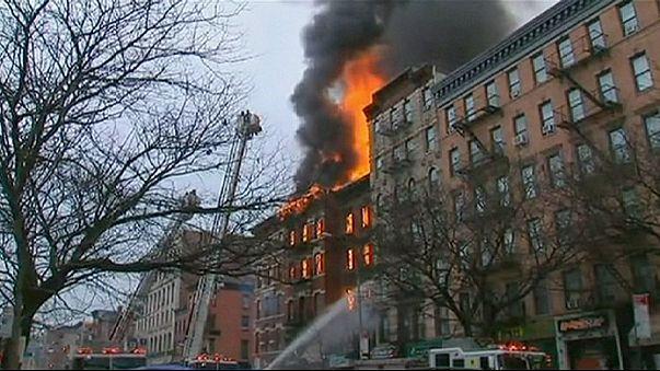 Нью-Йорк: взрыв и пожар на Манхэттене