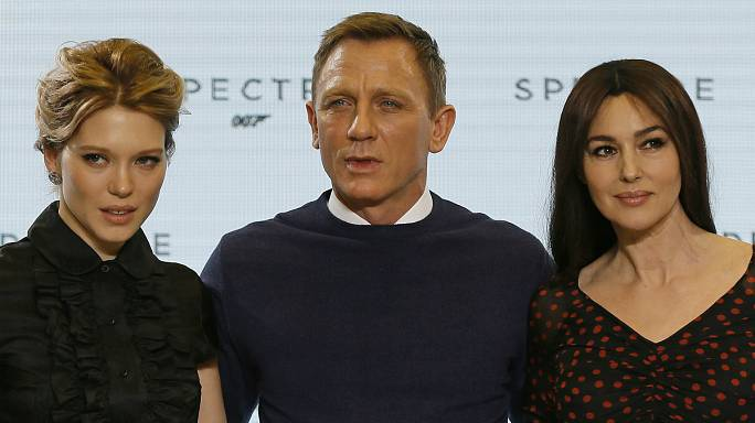 الإعلان الرسمي لفيلم العام 2015 للعميل 007 جيمس بوند