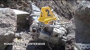 L'ingrato compito di smistare i frammenti dell'Airbus della Germanwings