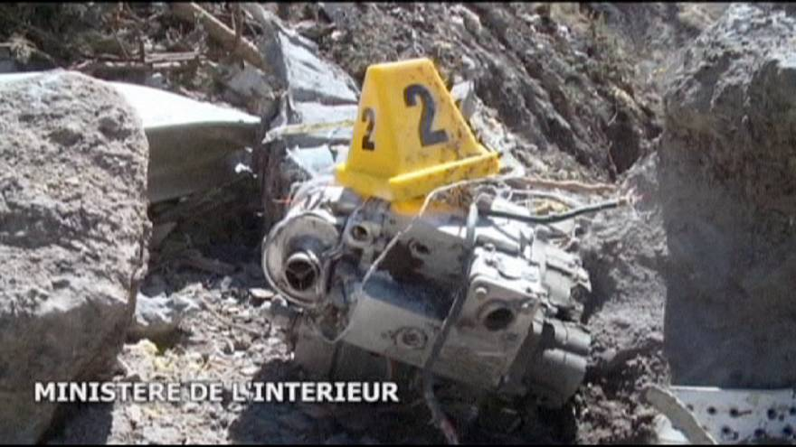 Trier les fragments épars de l'avion de la Germanwings