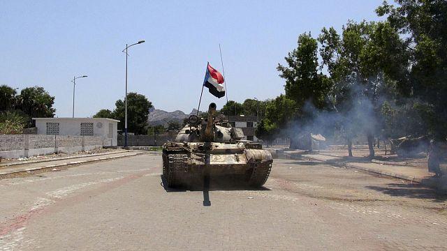 A jemeni légicsapások leállítását követeli a Hezbollah