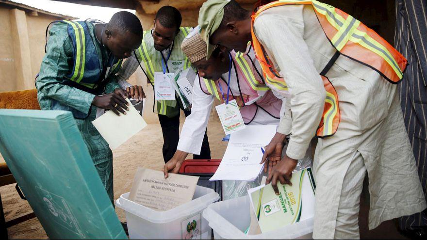 Gewalt- und Terrorrisiko: Nigeria geht zu den Wahlurnen
