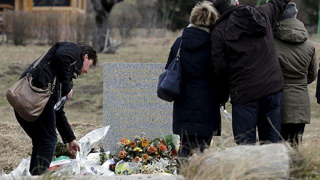 Alpine plane crash: Locals say prayers for Germanwings victims