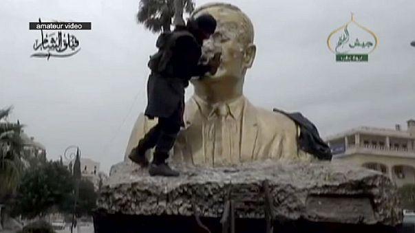 """سوريا: سقوط مدينة إدلب على يد """"جيش الفتح"""" الذي يضم في صفوفه """"جبهة النصرة"""""""