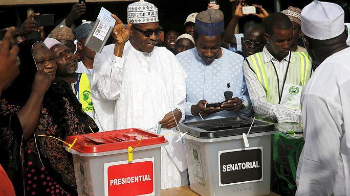 Нигерия: выборы продлены по техническим причинам