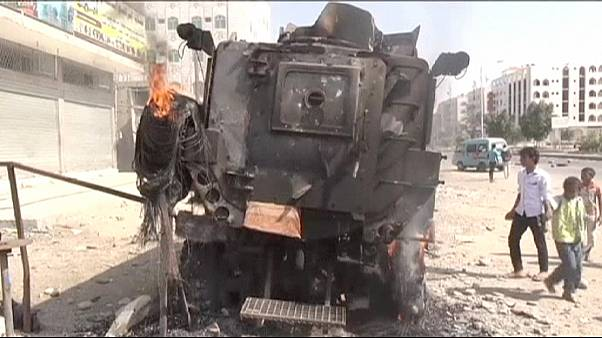 Yemen pounded by third night of Saudi-led airstrikes