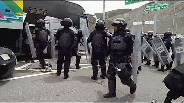 Violents affrontements entre police et étudiants au Mexique