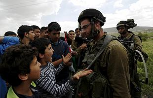 Palestinians mark Land Day