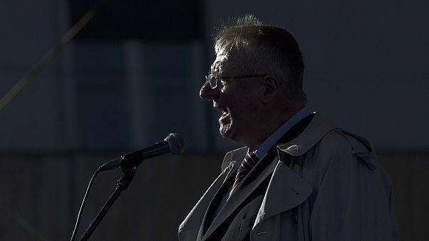 Гаагский трибунал требует, чтобы Шешель вернулся в тюрьму