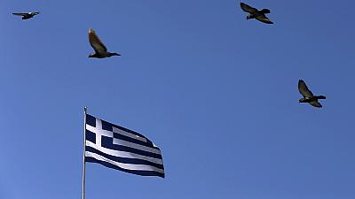 Greek reforms fail to convince investors as deadline day creeps closer