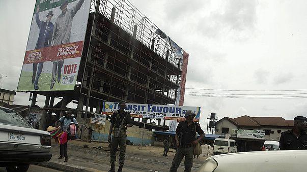 Nigeria ignora aún los resultados electorales del domingo: segundo día de recuento.