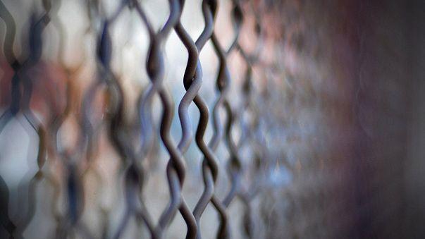 Türkmenistan, sınıra 745 km'lik duvar örüyor