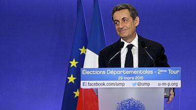Francia vira hacia el centro-derecha en las departamentales