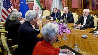 Pressure on at Iran nuclear talks ahead of midnight deadline