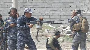 Iraqi forces fighting IS militants near hospital