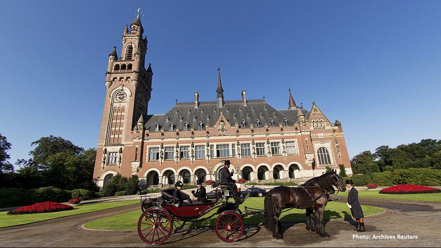 Ολλανδία: Η βασιλική οικογένεια επιστρέφει πίνακα που κλάπηκε από τους ναζί