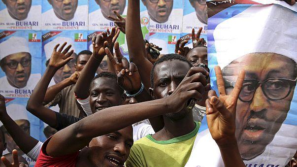 Nigéria történetében először békés úton lépett hatalomra az új elnök