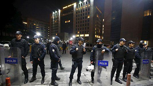 Istanbul: prosecutor held hostage dies after shootout
