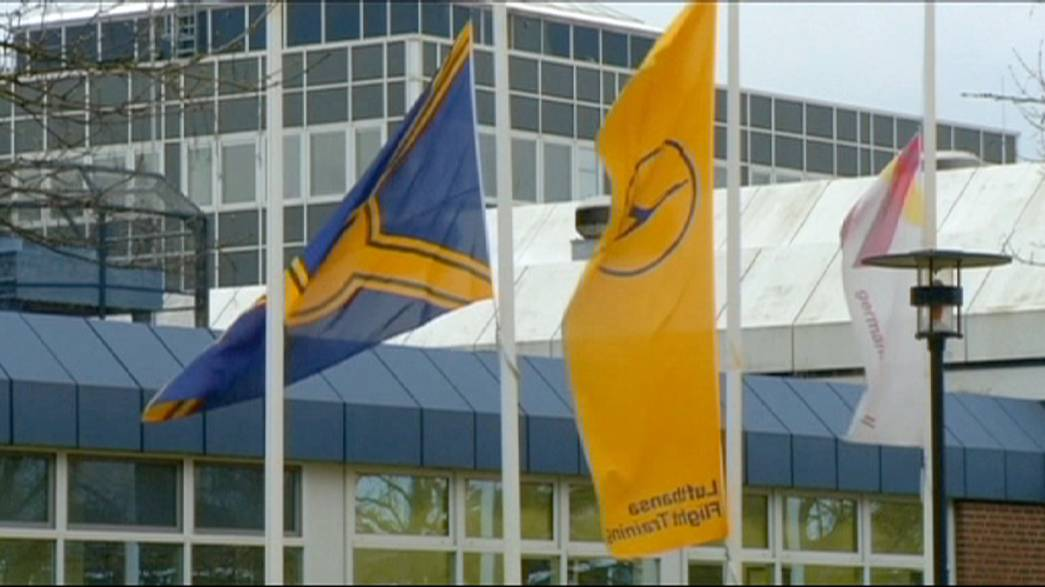 Germanwings: diretor-geral da Lufthansa sob pressão