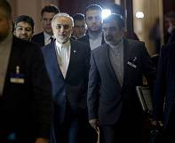 World powers struggle to strike deal with Iran over nuclear programme
